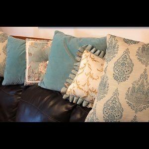 Set of 6 decorative pillows